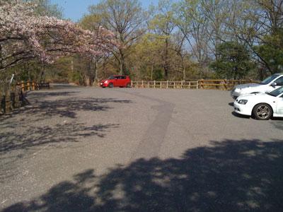 筆影山山頂の駐車場